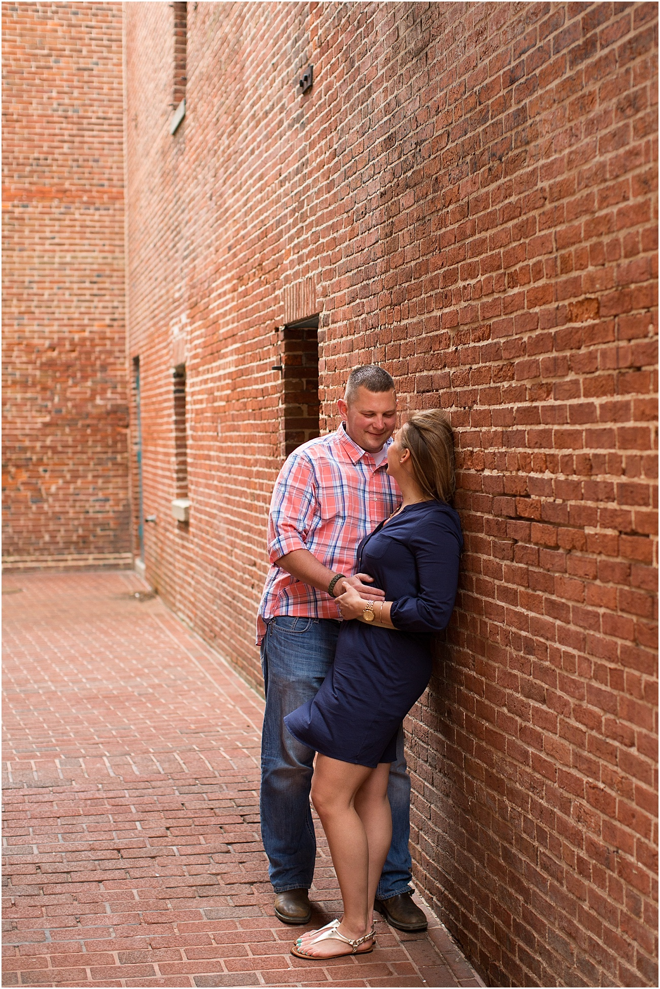 Fells_Point_Baltimore_Maryland_Engagement_Session_0025