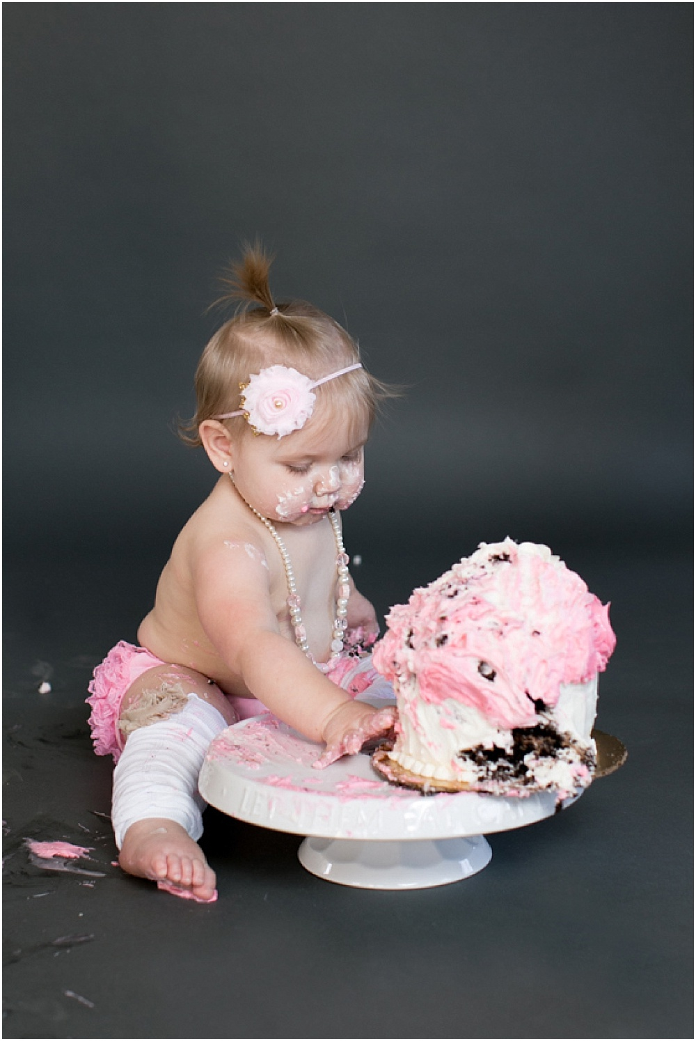 Maryland_family_Photographer_Aubree_Cake_Smash_first_Birthday_0032