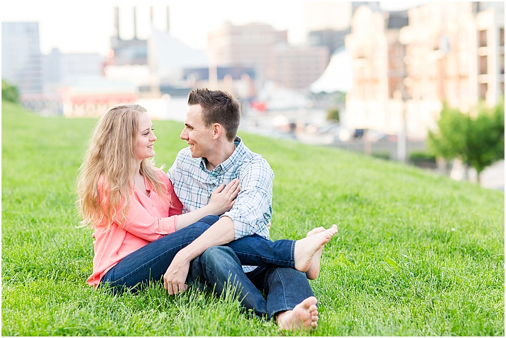 Amy_Alex_Federal_Hill_Engagement_Baltimore_Wedding_Photographer_0023