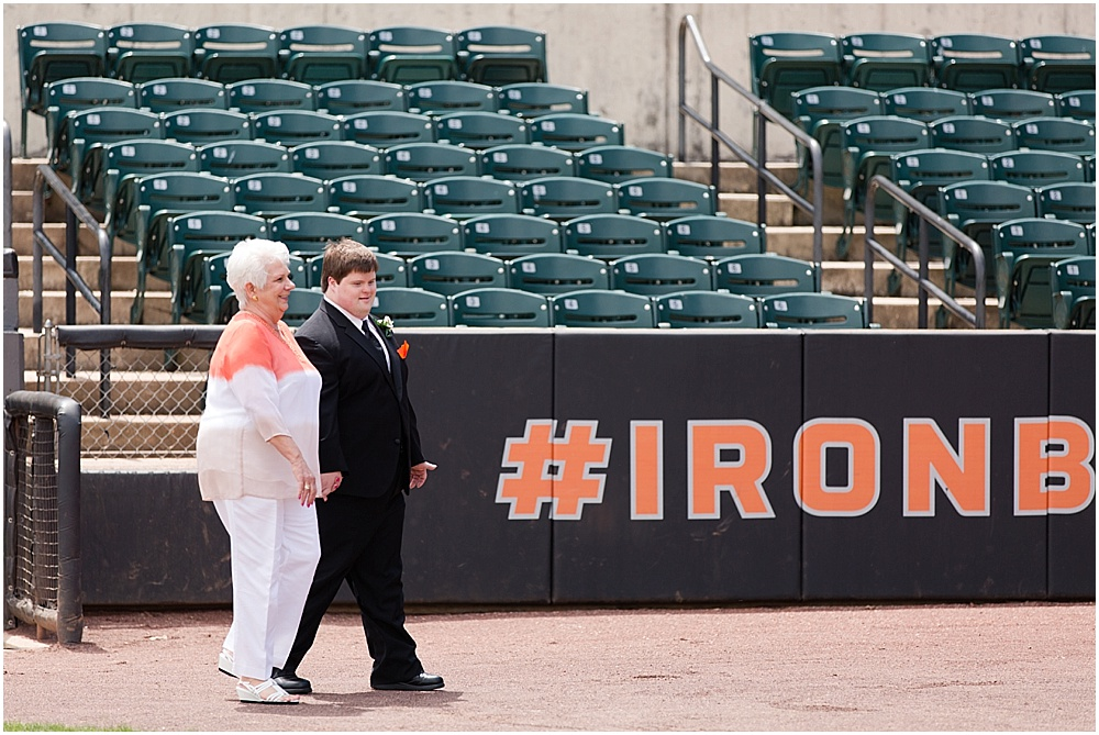 Ripken_Stadium_Wedding_Baltimore_Wedding_Photographer_0024
