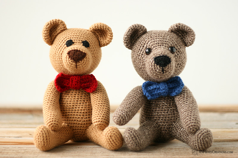 Little Yarn Friends • Crochet-Along Pattern: Lil' Classic Teddy | 533x800