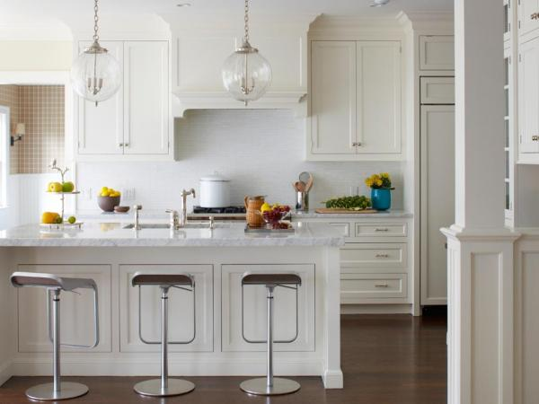 Kitchen Designs with White Cabinets Pendant Lights