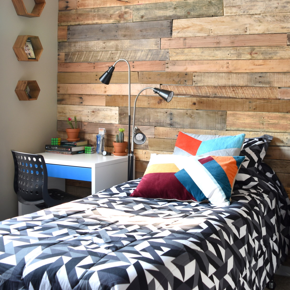 Modern Rustic Teen Room Diy Pallet Wall Tutorial