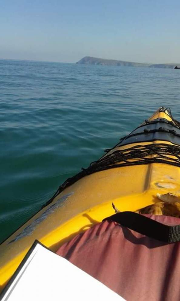 Jennie Shales shows us Art from a kayak