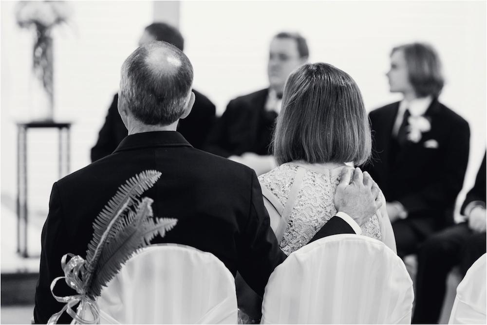 downtown-detroit-classic-elegant-wedding-photo-41.jpg