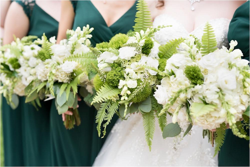 downtown-detroit-classic-elegant-wedding-photo-64.jpg