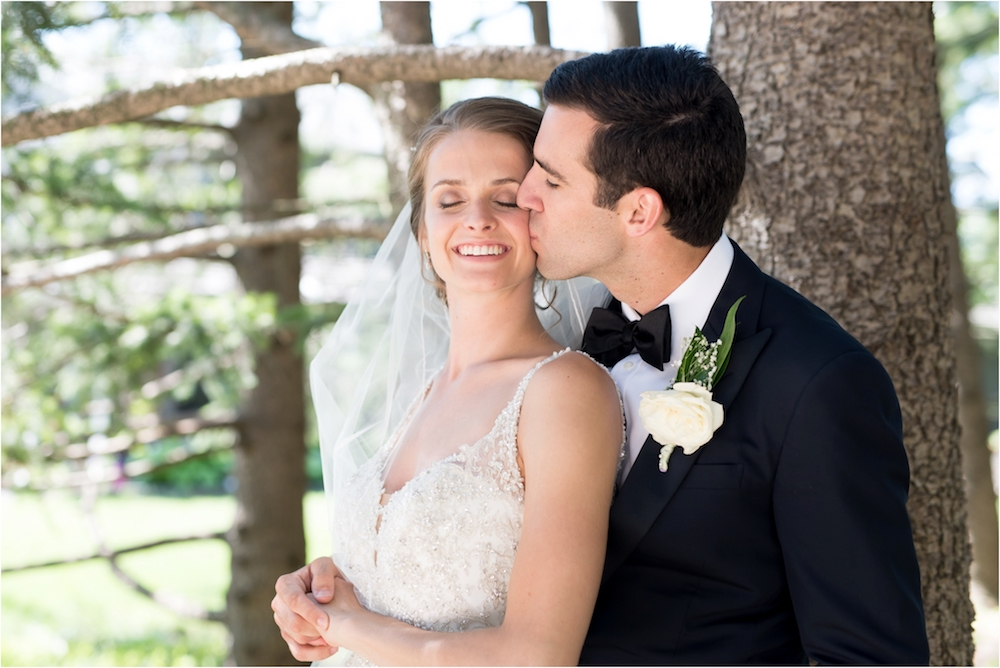 classic-planterra-detroit-michigan-wedding-photo-144.jpg