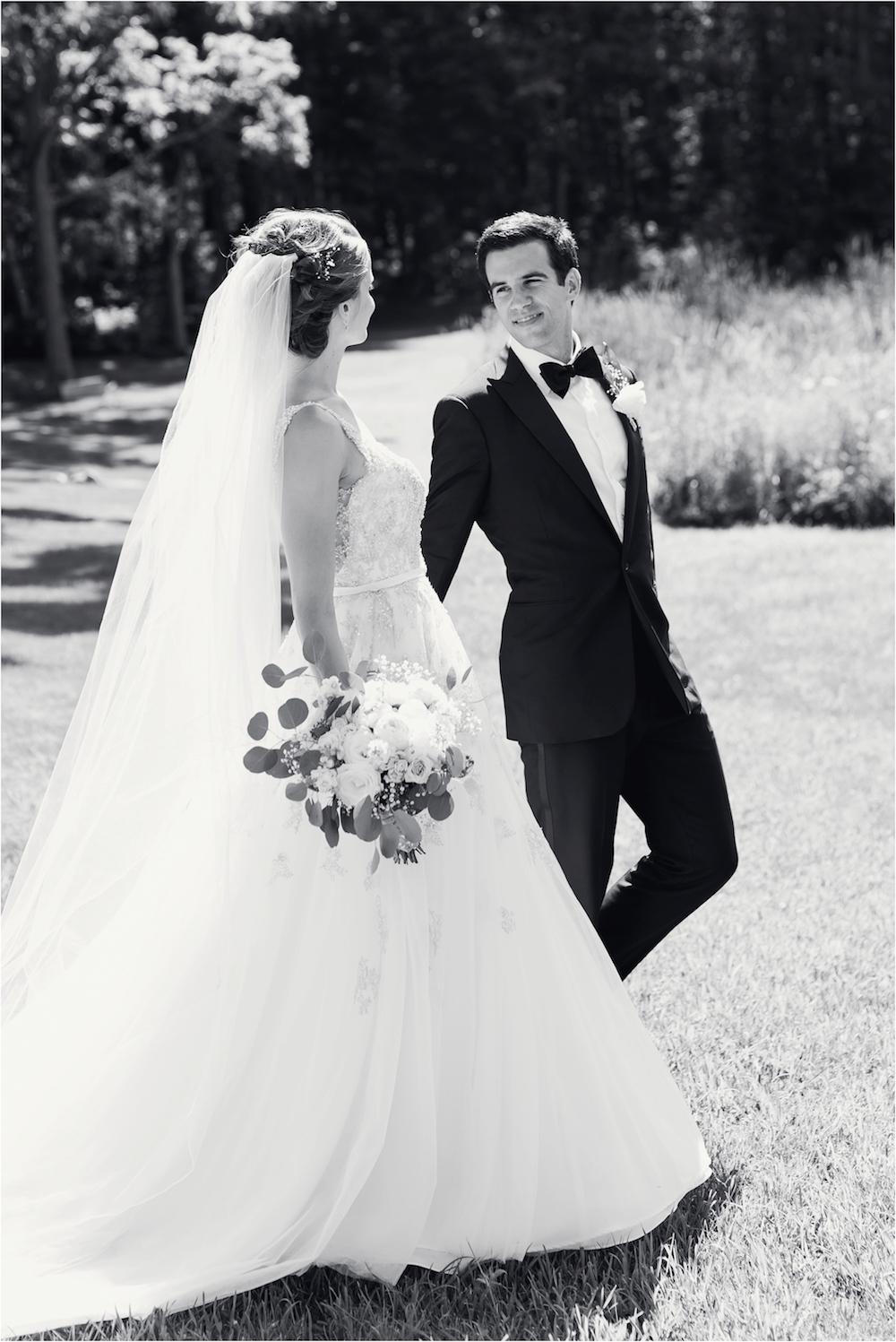 classic-planterra-detroit-michigan-wedding-photo-208.jpg