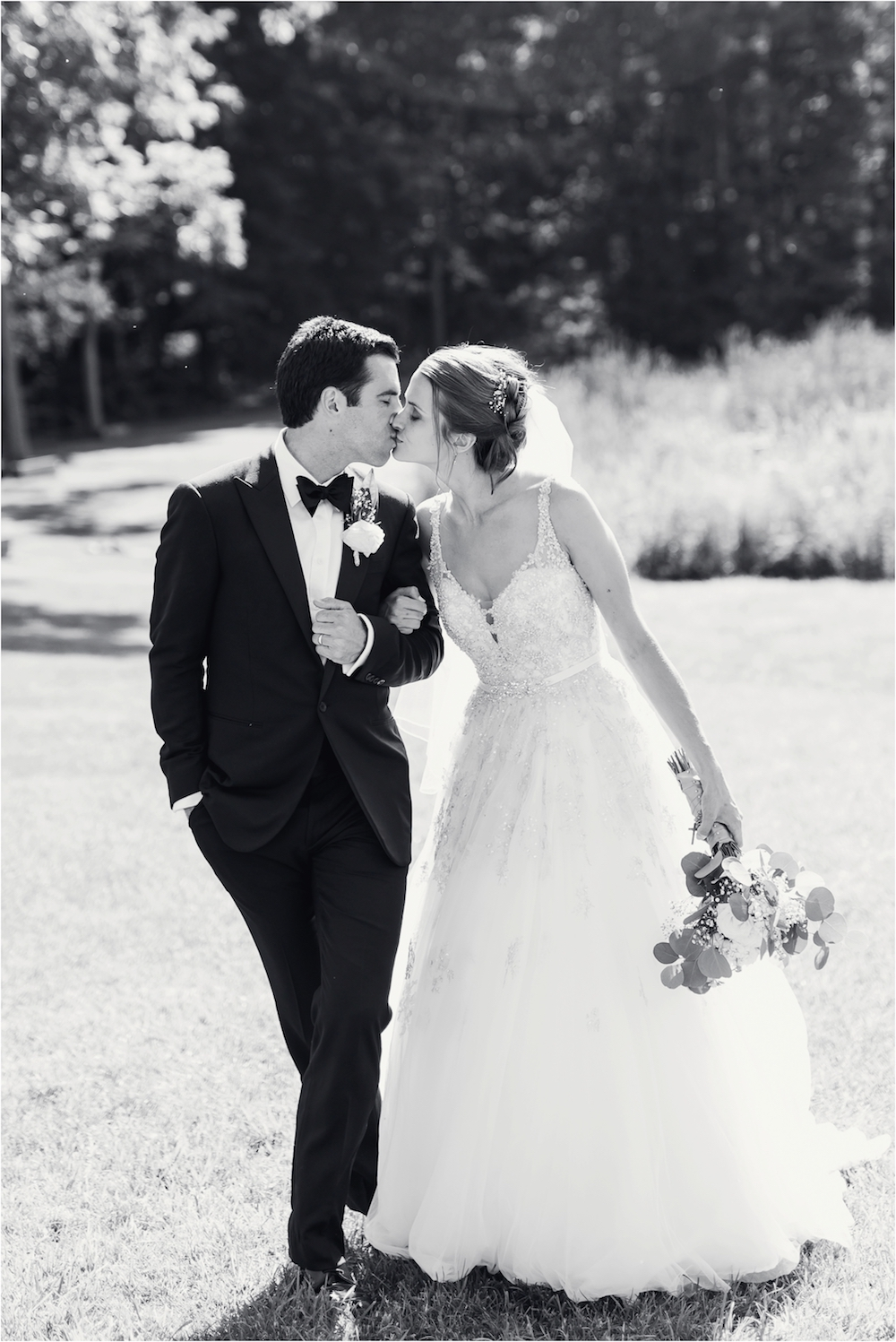 classic-planterra-detroit-michigan-wedding-photo-250.jpg