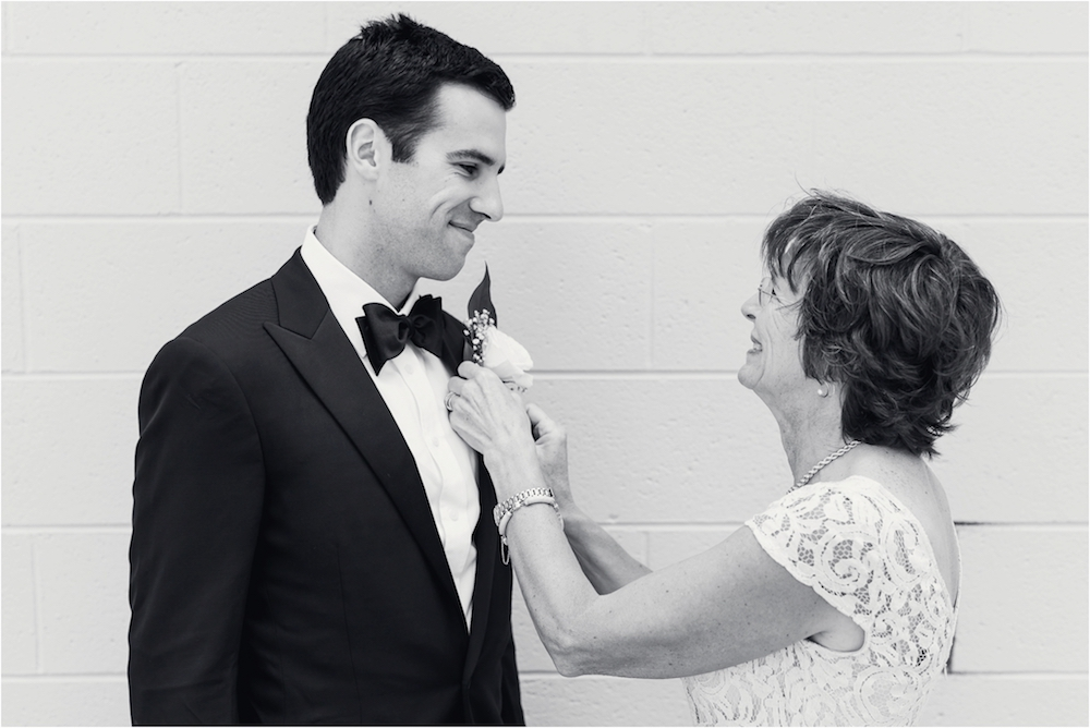 classic-planterra-detroit-michigan-wedding-photo-60.jpg