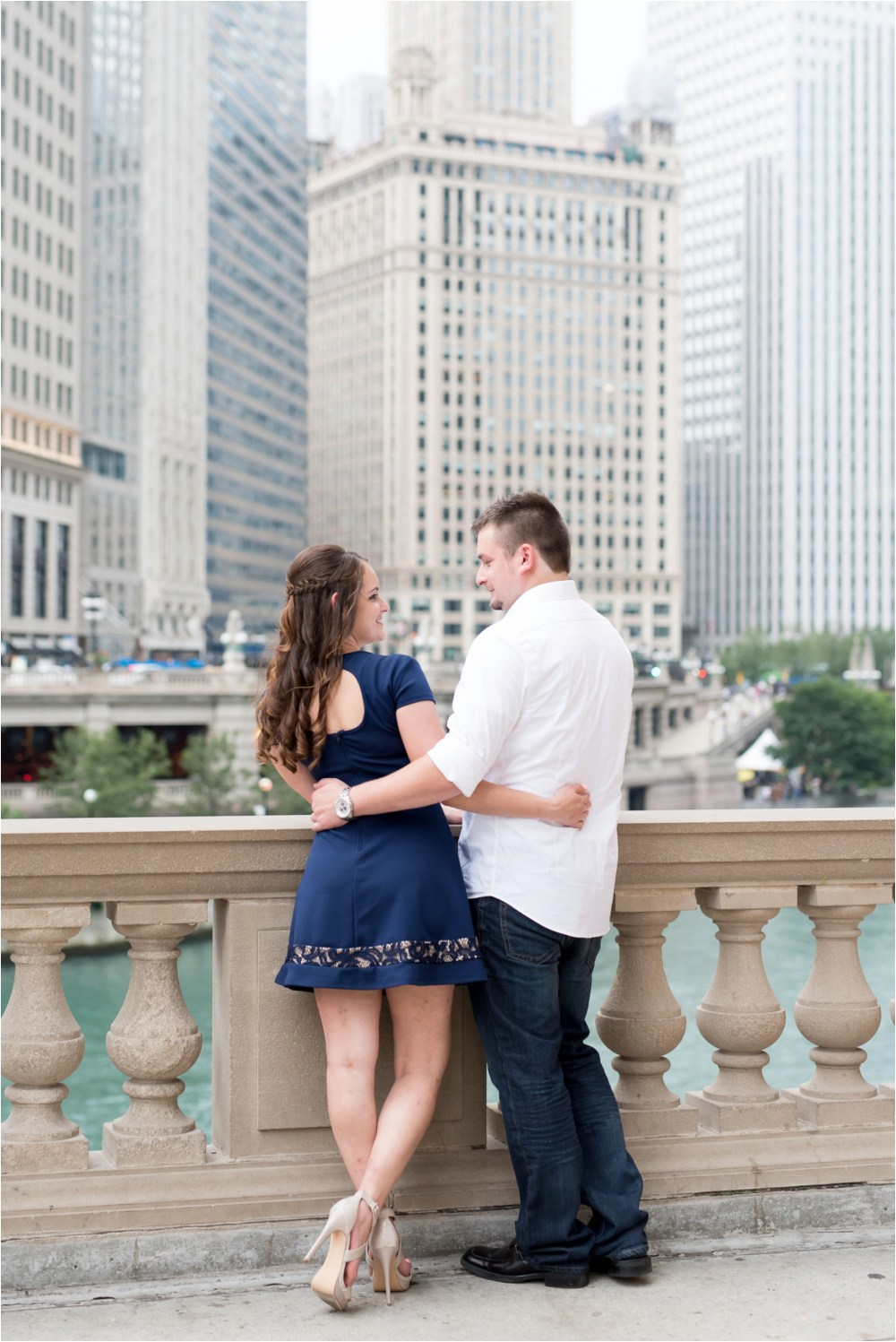 chicago-ilinois-michigna-ave-city-downtown-engagement-photo-19.jpg