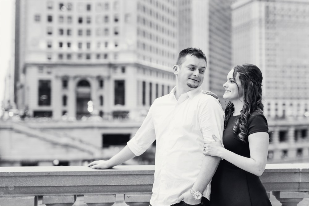 chicago-ilinois-michigna-ave-city-downtown-engagement-photo-36.jpg