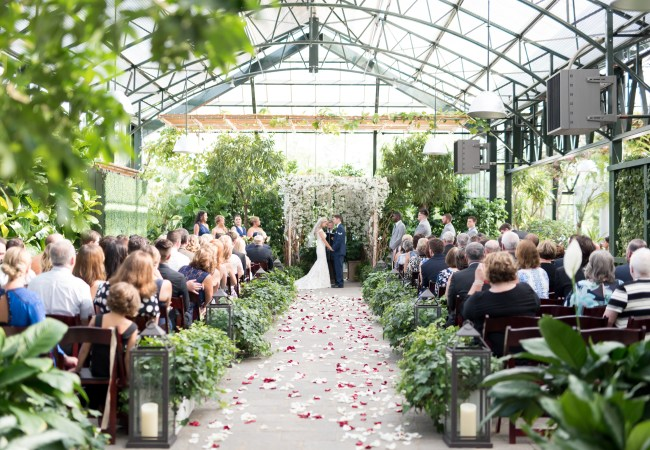 A Chic Navy Summer Wedding at Planterra Conservatory | West Bloomfield Wedding Photographer