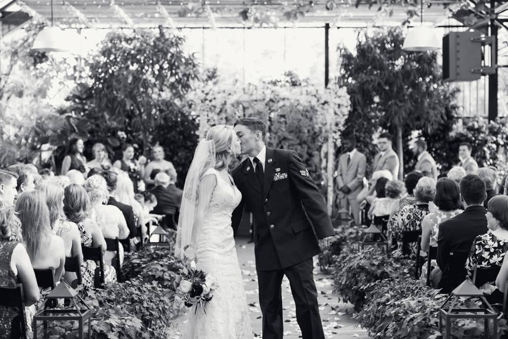 luxury-planterra-west-bloomfield-michigan-greenhouse-wedding-photo-173.jpg