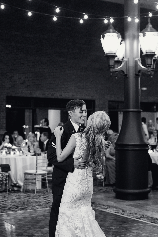 luxury-planterra-west-bloomfield-michigan-greenhouse-wedding-photo-227.jpg