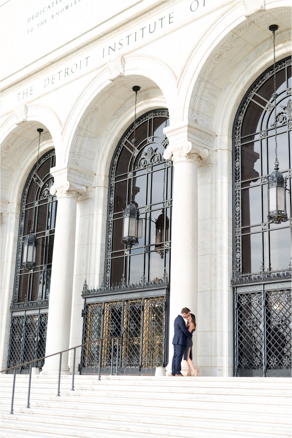 detroit-institute-of-arts-marble-elegant-gold-wedding-engagement-photo-56.jpg