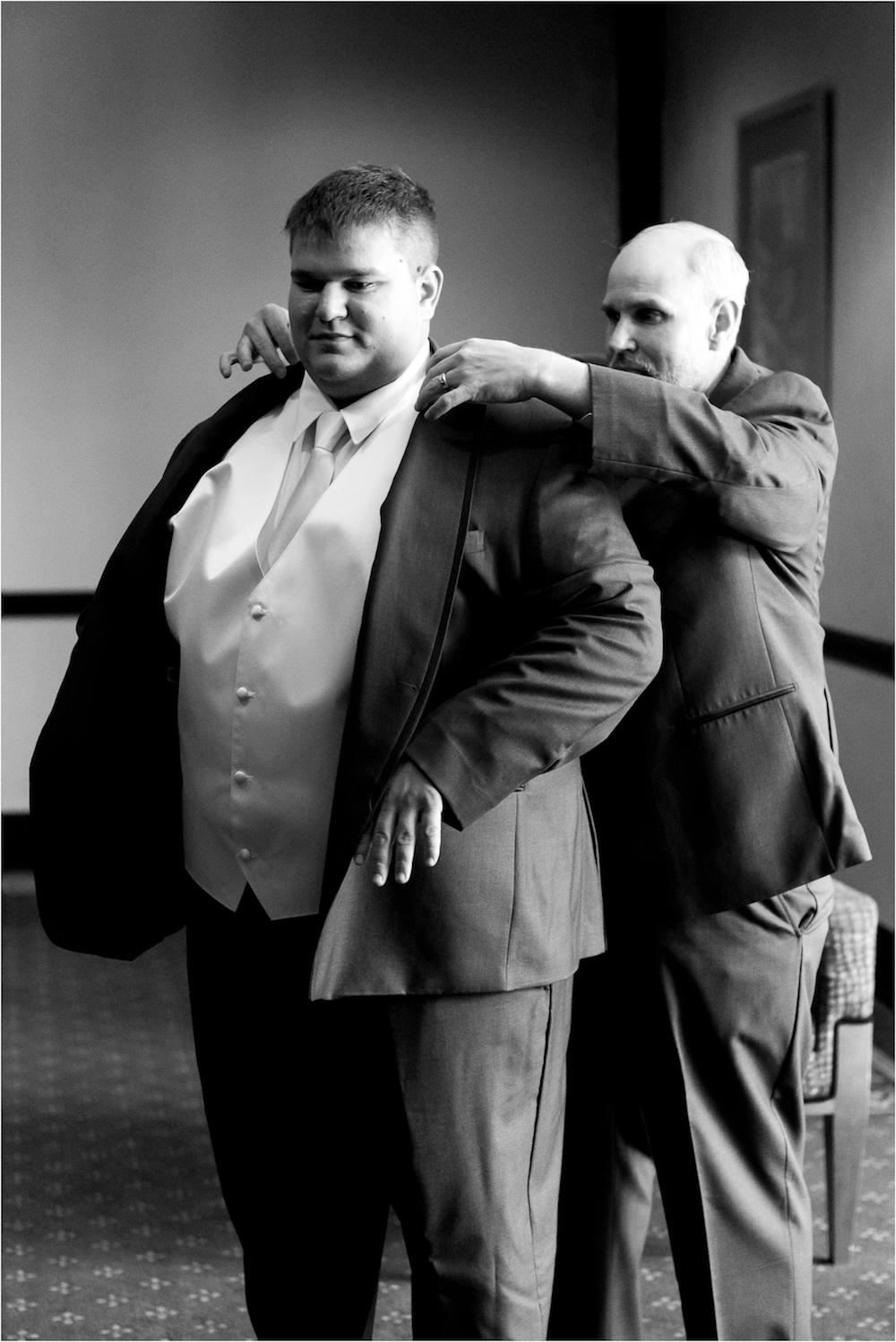 dearborn-michigan-wedding-photo-4-3.jpg