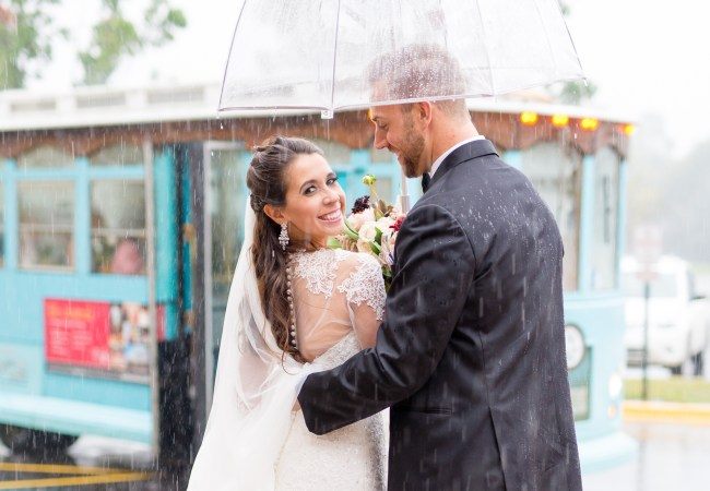 A Rainy Day Wedding in Naperville, IL just Outside of Chicago | Jessica & Eric