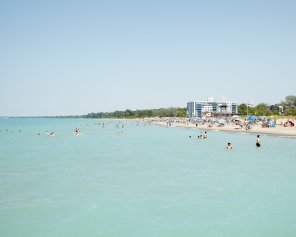 Grand Bend Beach Goers, Horizontal - Grand Bend Beach Picture