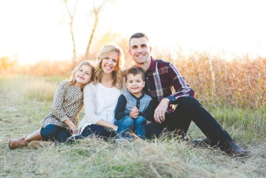 jenn jewell family in field