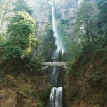 Chris and I head to WorldCon in Spokane by way of Multnomah Falls.