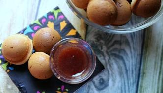 Easy Peanut Butter & Jelly Baked Doughnut Holes Recipe + A Special PB&J Moment!
