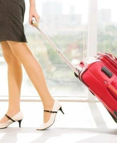 Travel Smart: 10 Things That Should Always Be in Your Carry-on Bags