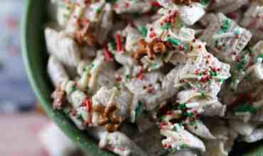 Christmas Sugar Cookie Chex Mix Recipe