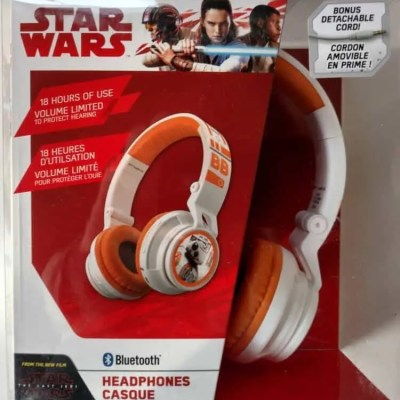 Check Out These eKids Headphones for Those Little Star Wars Fans #giftguide