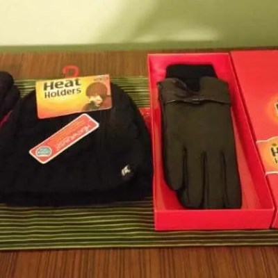 Stay Warm this Winter with Heat Holders® #GiftGuide