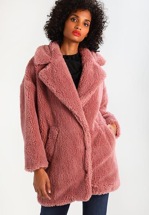 10 x de leukste faux fur jas jenny alvares for Zalando pellicce