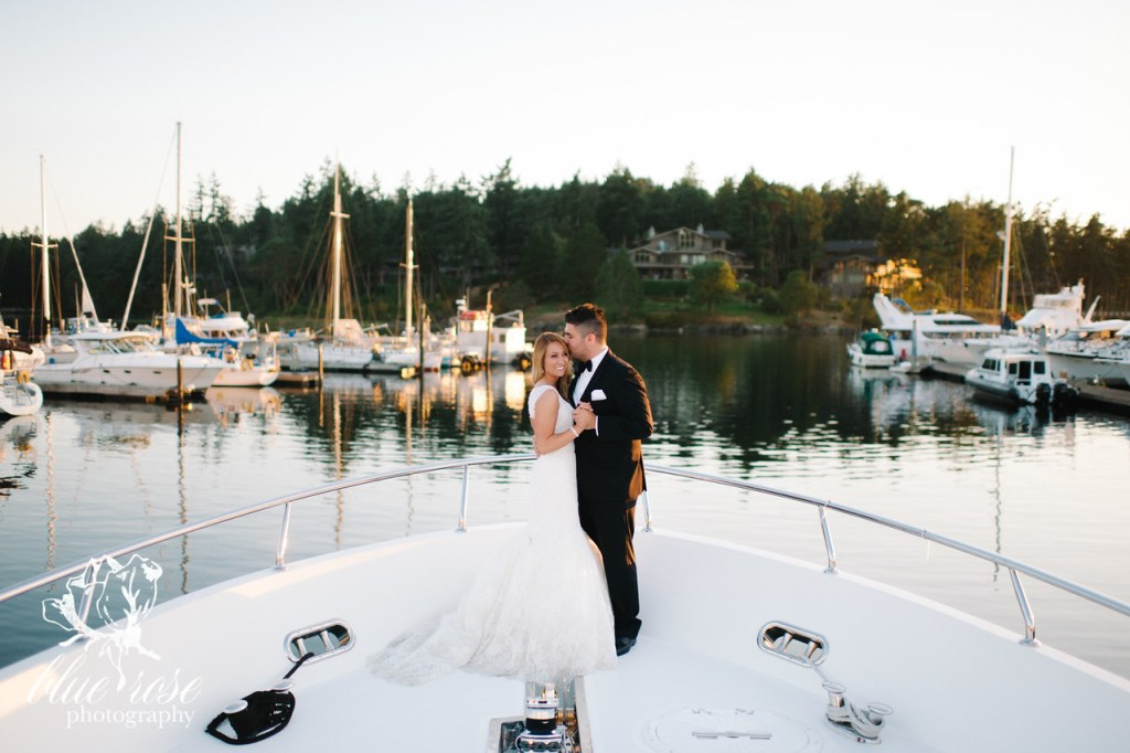 Roche Harbor Wedding || Flowers by Jen's Blossoms || Photo by Blue Rose Photography