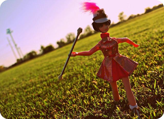 Kip the Majorette by Topper Dawn Dolls | Photo by jenx67.com