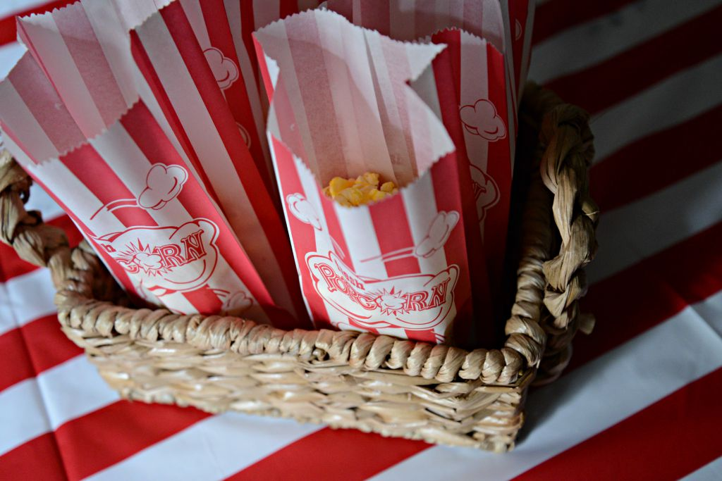popcorn sacks for a carnival party