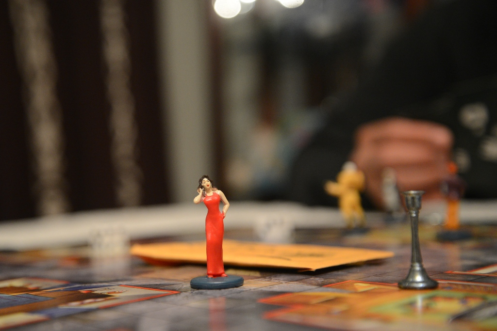 Mrs Scarlet Game Piece Clue