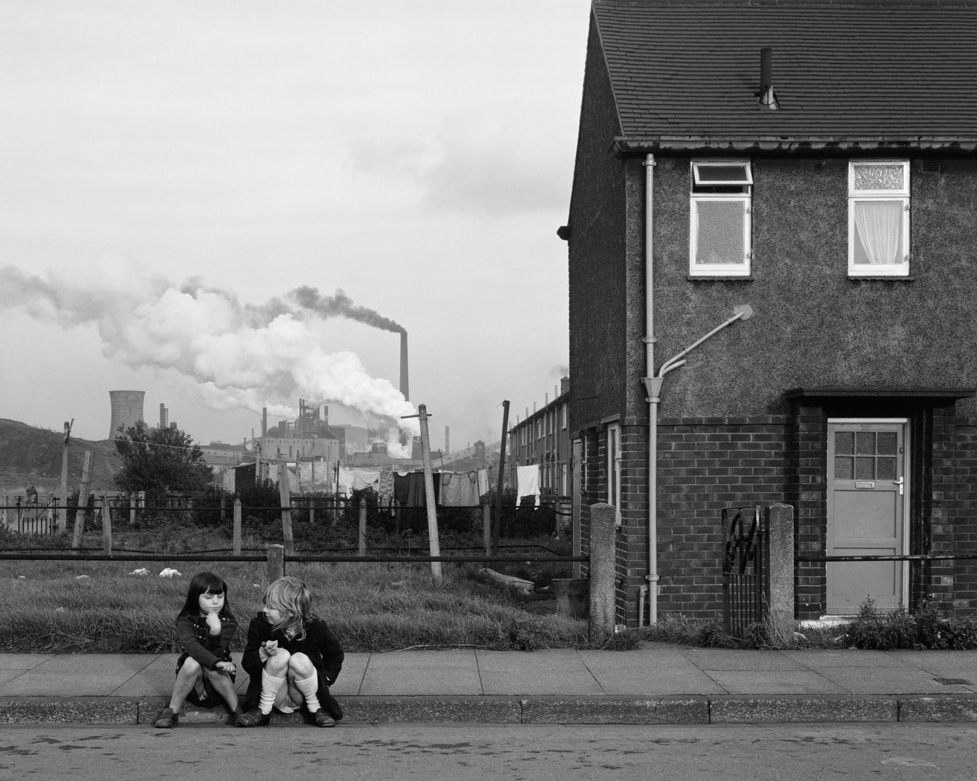 Grangetown, Middlesbrough, 1976. © Chris Killip (J. Paul Getty Museum)