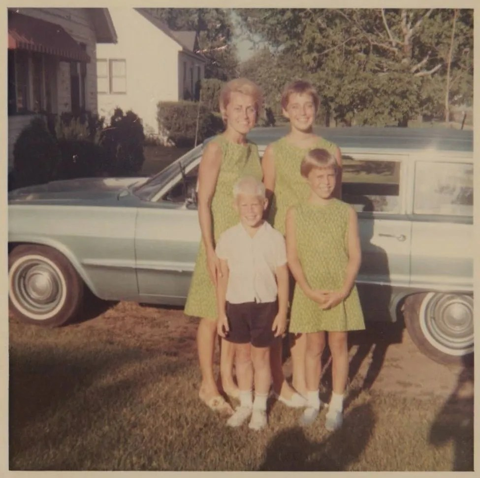 Another mom with Boomers and possibly a younger Gen-X son. I love the lime green matching dresses!
