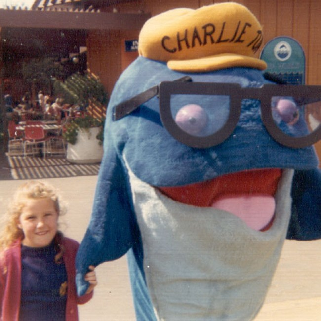 A life-size Charlie the Tuna at an unidentified amusement or theme park, possibly in California.