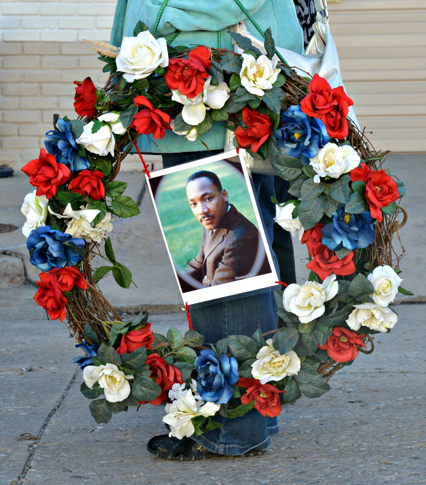 MLK Wreath of Roses with Picture of Martin Luther King