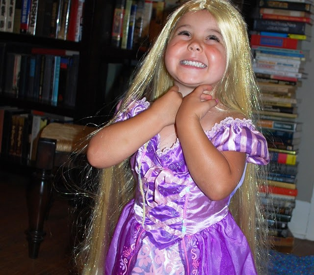 Little Girl Disney Rapunzel Costume and Wig