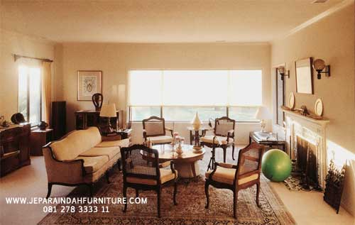 Furniture Jati Jepara Untuk Ruang Keluarga Konsep Klasik