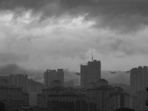Kuala Lumpur sous la brume au petit matin