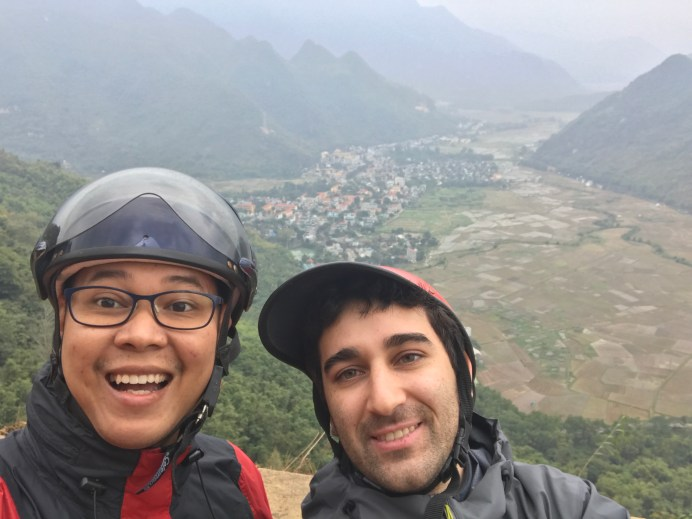 jeremaixs with friends @ Thung Khe Pass Flagpole Viewpoint, Mai Chau