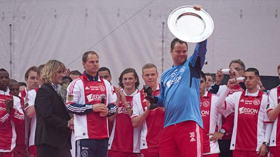 Ajax 03-05-2012 wordt gehuldigd bij de Amsterdam ArenA. jeroen verhoeven