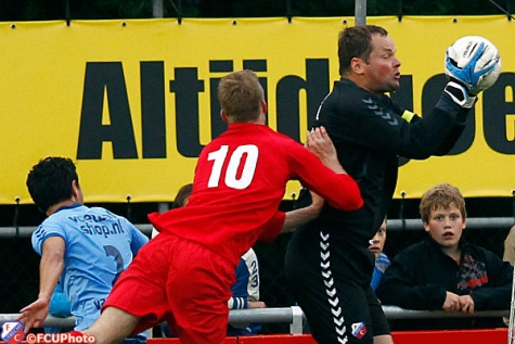 jeroen verhoeven 2013-07-05 FC Utrecht wint ook 3e duel van FC Nijkerk2