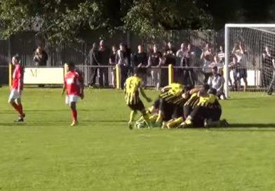 Keeper van Holbeach United maakt droomdoelpunt in FA cup