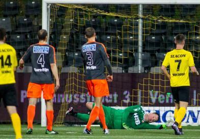 VIDEO: Jeroen Verhoeven Verschillende voetbal acties tegen VVV Venlo (kappen)