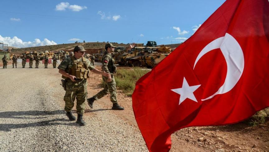 التركي - الجيش التركي يبدأ بإنشاء قاعدة عسكرية بالقرب من عين عيسى
