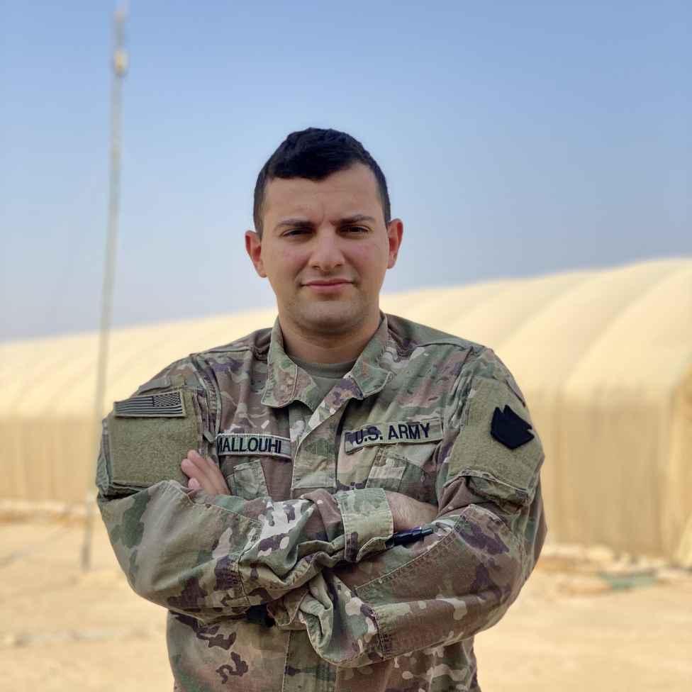 .jpg?resize=976%2C976&ssl=1 - فادي ملوحي غادر سوريا طفلاً وعاد إليها مقاتلاً في الجيش الأميركي شرق الفرات