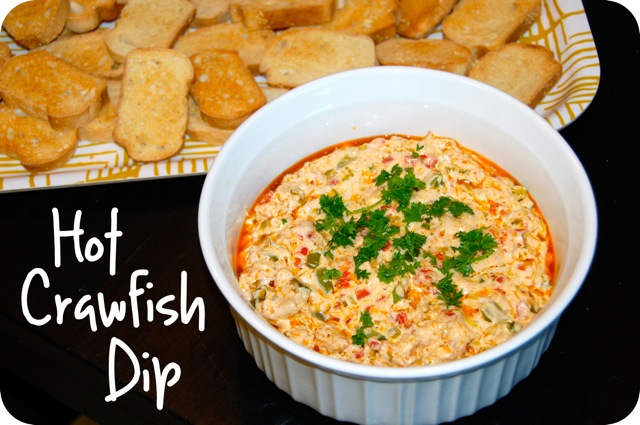 Hot Crawfish Dip // jessfuel.com
